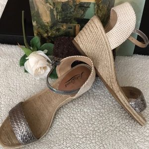 Lucky Rope Wedge Shoes
